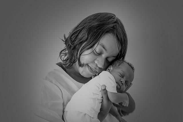 El poder del beso de las Madres