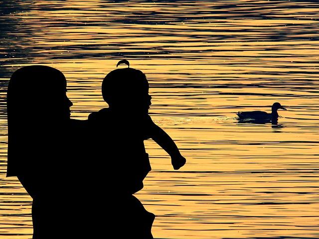 consejos-para-viajar-con-bebe-en-verano