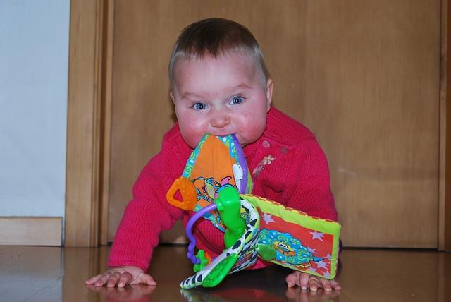 El cerebro del bebé y cómo se desarrolla en el desplazamiento