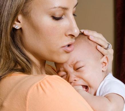 Por que llora un bebe en el dia